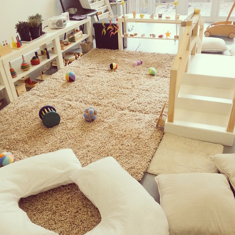 Montessori Baby Groups